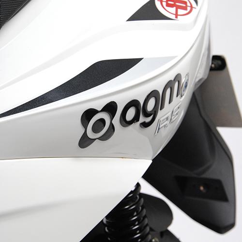 AGM R8 detail 4